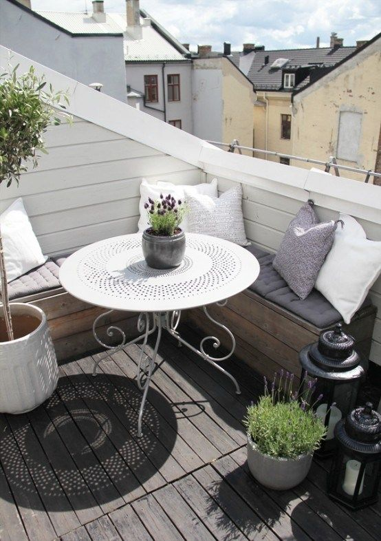 See 33 splendidly decorated Scandinavian balcony   D & D - Home and Design