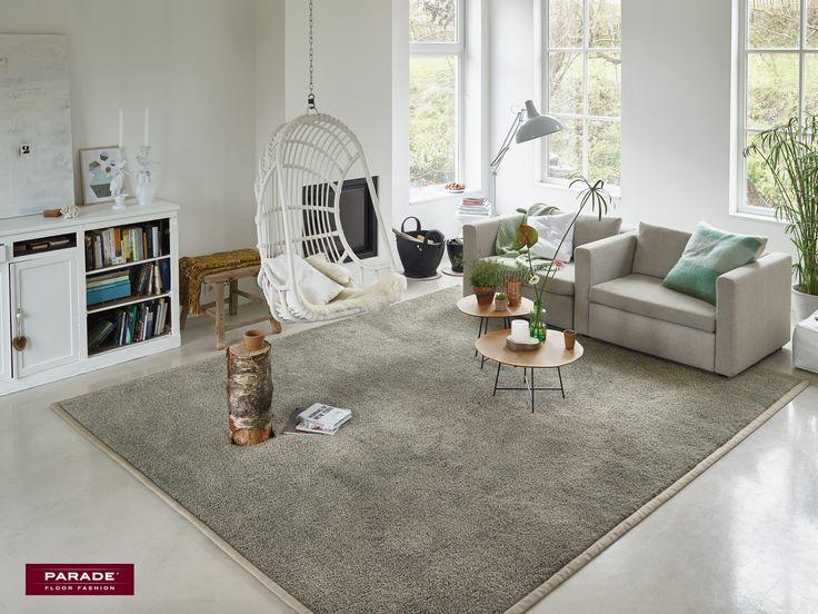De combinatie van de fijne en dikke garens geven dit Chanelle vloerkleed van Desso een stoere uitstraling. #rugs #vloerkleed #desso #interiordesign #wooninspiratie #styling