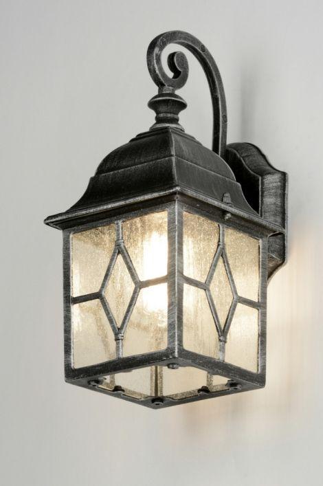 Wandlamp 30546: Klassiek, Aluminium, Glas, Wit Opaalglashttp://www.rietveldlicht.nl/artikel/wandlamp-30546-klassiek-aluminium-glas-wit_opaalglas-grijs-zilver(grijs)-lantaarn