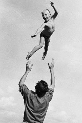 Photography Marti Friedlander. Simon & Martin - 1965