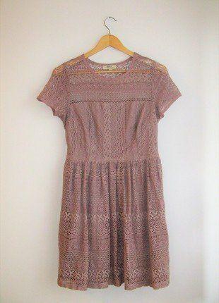 Kup mój przedmiot na #vintedpl http://www.vinted.pl/damska-odziez/krotkie-sukienki/17389589-koronkowa-bezowa-pudrowa-rozkloszowana-sukienka-kawa-z-mlekiem-l-papaya