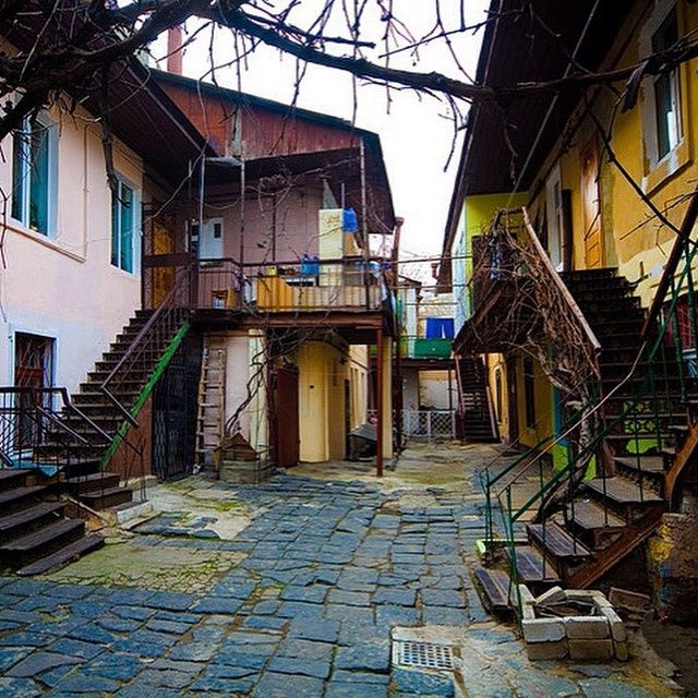 Прогулки по Одессе: самые колоритные дворики - В городе