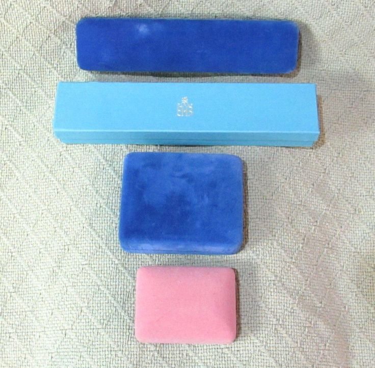 Vintage Lot BIRKS VELVET Jewelry Boxes Blue Pink Necklaces ...