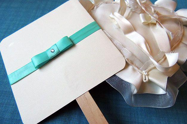 Matrimonio.it | #Ventagli #matrimonio #faidate: utili #gadget per gli inviati