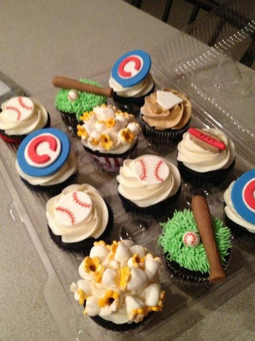 My Chicago Cubs Cupcake Order….All designs made with fondant/gumpaste