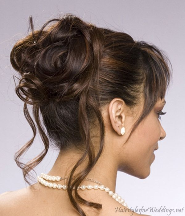 Short+Upswept+Hairstyles | The French Twist or Chignon pulls the hair at the back and is twisted ...