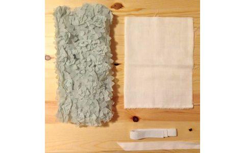 ちょっとしたパーティーに大活躍! 型紙なしで作れる赤ちゃん用チューブトップの作り方をご紹介します。1歳のお誕生日パーティにも! 女の子のお誕生日は手作りのチュールドレスで妖精に変身!(スカートのリンク)のチュールスカートと合わせれば、まるでドレスのようです。子どもがさらに可愛くなりますよ。