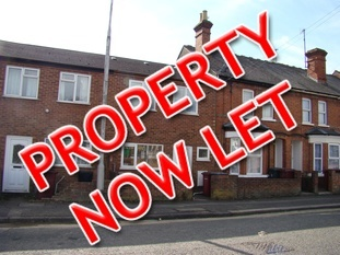 Two bedroom house, Cardiff Road, Reading. Let within 2 days of advertising.