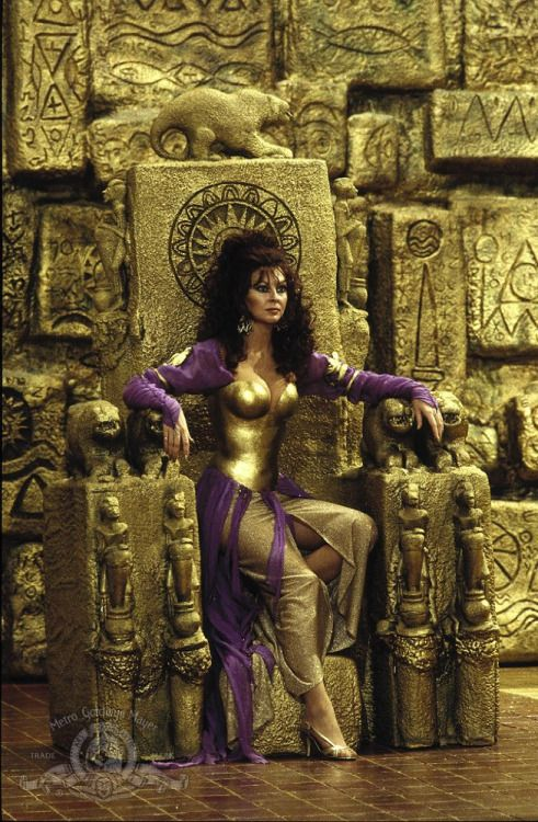 Cassandra Peterson in Allan Quatermain and the Lost City of Gold (1986)