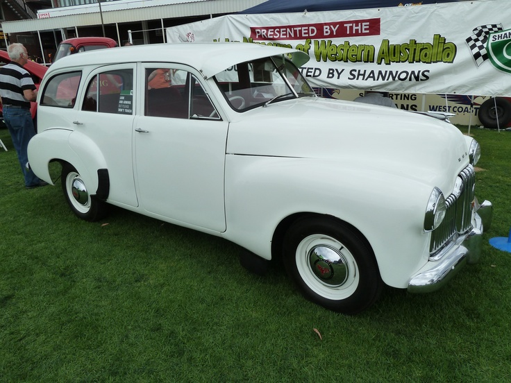 1952 GM Holden 48215 wagon