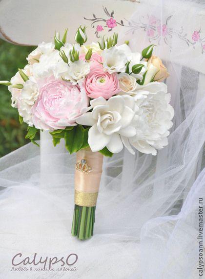 """Букет невесты """" Pure"""" - эустома из глины,гардения из глины,роза из глины"""