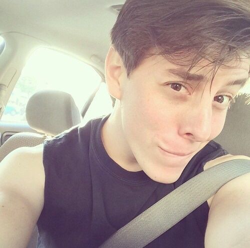 Captain Lonely Soul: AKA Thomas Sanders Vine/tumblr crush