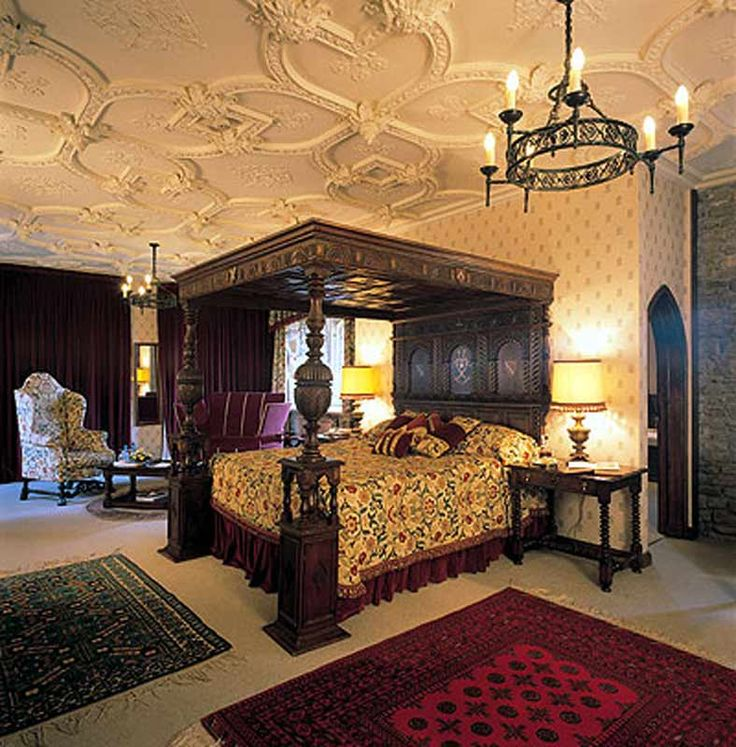 Canopy bed castle oliver 17th cen ireland cbsj315 for Castle bedroom ideas