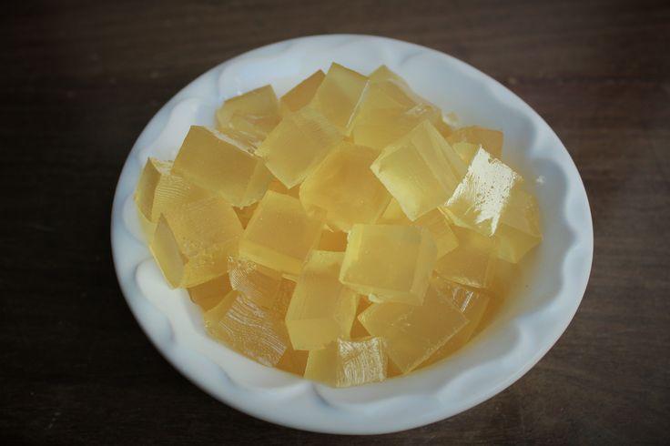 Bala de gelatina com gengibre e capim limão