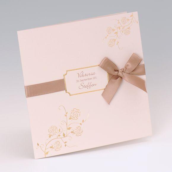 EINLADUNGS- oder HOCHZEITSKARTE   Farbe: heller Grau-Braun-Ton, Papier: matt-gestrichenes Feinstpapier, Format: 15 x 15 cm geschlossen (BxH), 30 x 15 cm offen (BxH), Veredelungen: Heißfolien-Prägung, teilweise hochgeprägt, Umschläge: Passend lieferbar, Besonderheiten: Satinband, stilvolles Blumenmuster