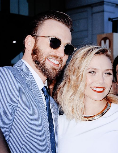 Chris Evans and Elizabeth Olsen at the premiere of «Avengers Age Of Ultron» held at Dolby Theatre on April 13, 2015 in Hollywood, California.