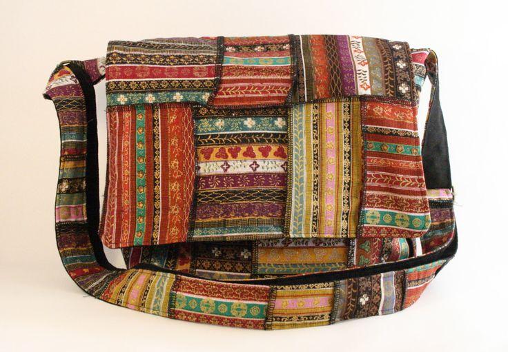 Sac messager patchwork, Sac à bandoulière bohème, Sacoche avec motifs asiatiques de la boutique Mafelou sur Etsy