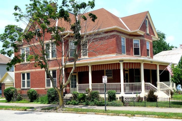 405 N Broad Street Lancaster Oh 43130 Auction Pay No Attention To Price Motivated Seller Has Moved Amp Ne Estate Homes Fiberglass Columns Historic Home