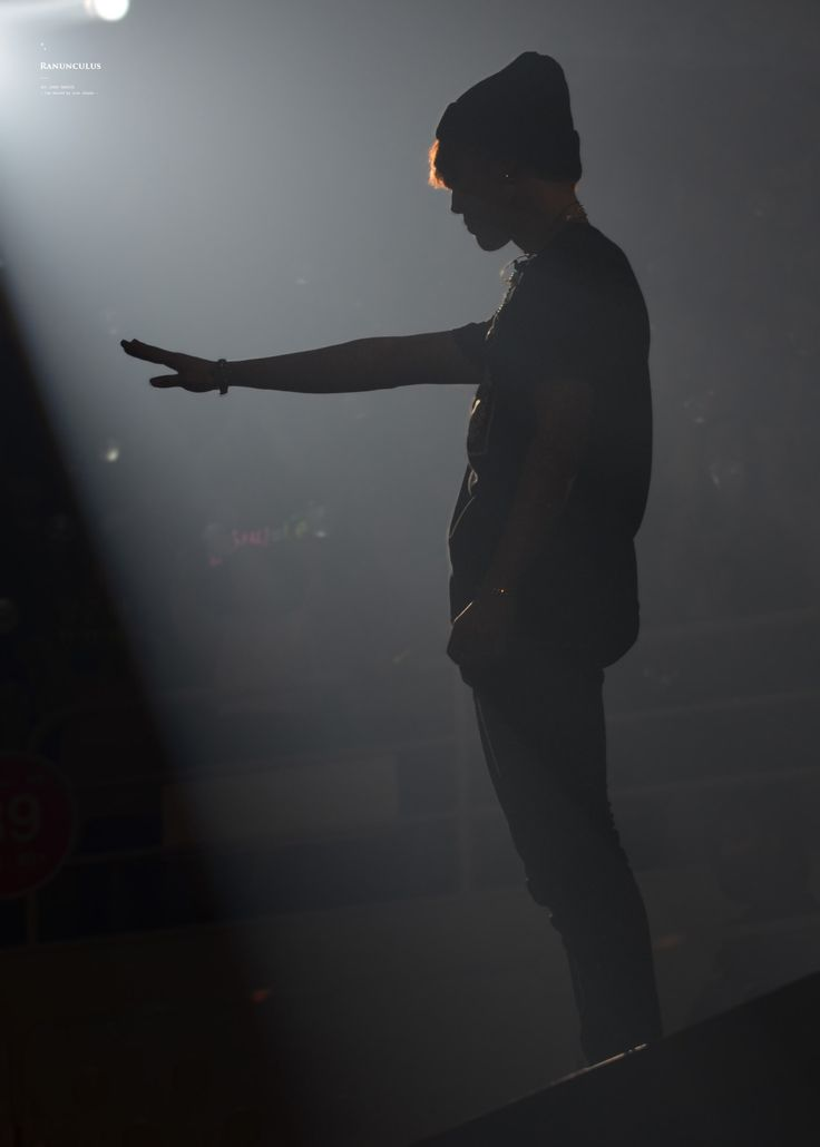 Jimin // I have always liked silhouettes and this one of Jimin is pretty cool! #BTS #Jimin