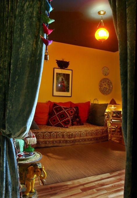 17 best images about meditation yoga room on pinterest for Meditation room colors