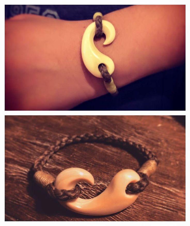 Hook                                                       … …