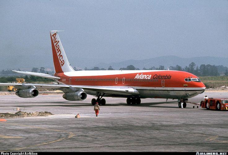 Avianca  Boeing 707-359B    Avianca. La aerolínea de América.