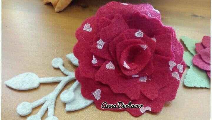 Fiore creato con una fustella Bigz