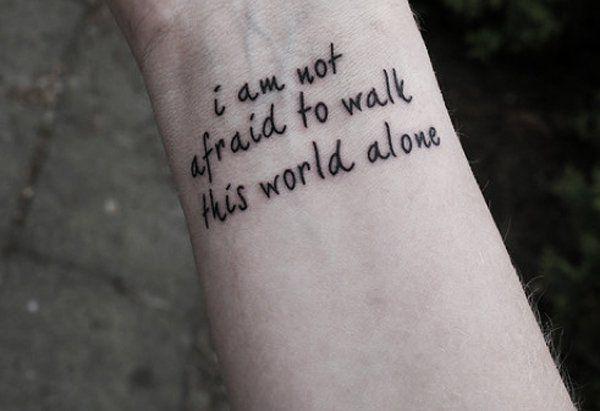 Tatuagens pequenas (e lindas!) para você fazer no pulso