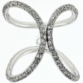 Δαχτυλίδια αρραβώνων K18 με διαμάντια.