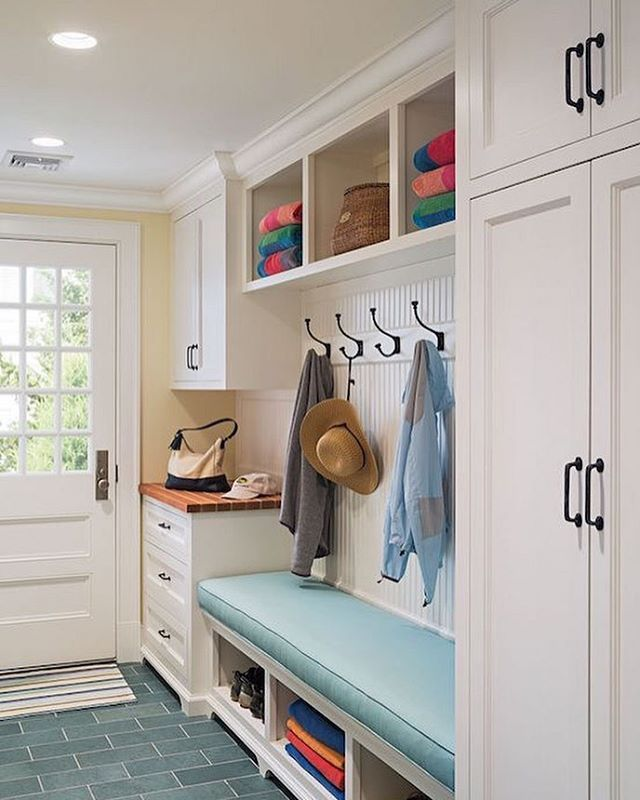 : ? | Weekend Project! #FeaturedMudroom  Tag your Interior Design & Home Decor fave photos with #interiorlove123 to be featured! • #InteriorDesign #InteriorStyling #HomeDecoration #HomeDesign #DesignHome #InspoHome #DIY #Weekend #Project #Mudroom #ShowCaseYourSpace #MakeHomeYours
