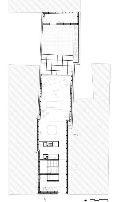 17 best images about narrow house plans on pinterest for Narrow row house floor plans