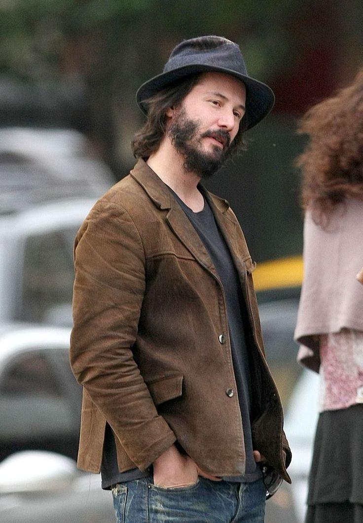 Keanu Reeves...please borrow me that Hat