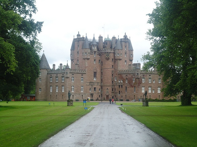 Glamis Castle - where Bertie, Duke of York and Elizabeth spent their honeymoon and where Shakespeare's MacBeth 'lived' as Thane of Glamis.Glamis Castles, Favourite Places, Elizabeth Spent, Teaching English, Periodic 500, Medieval Periodic, Macbeth Living, Abbey Ect, Shakespeare'S Macbeth