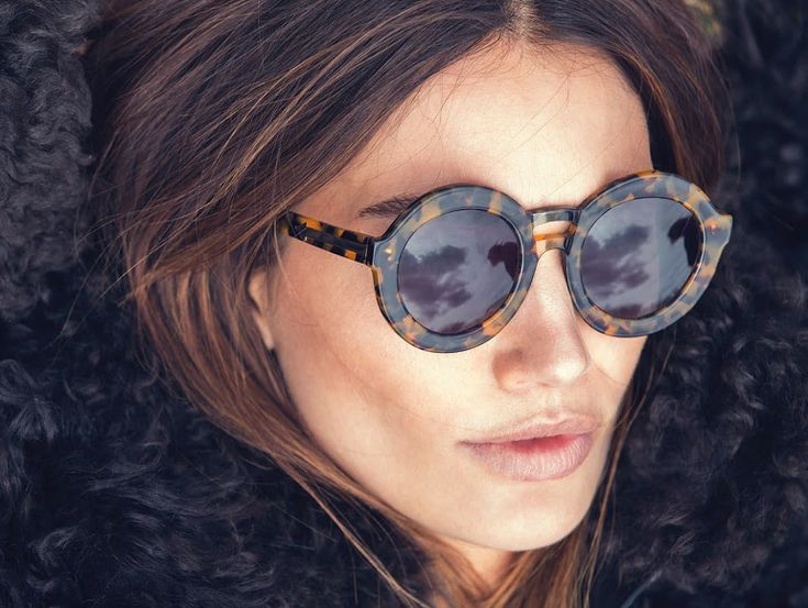 Impossible de passer à côté du retour des lunettes rondes, on les voit sur tous les peoples et les fashionistas. Tendance qu'on pourrait croire...