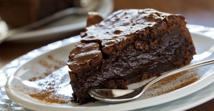 Ooey Gooey Chocolate Cake