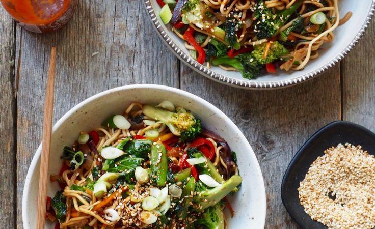 Nudler, grønnsaker og en spicy dressing | Mat på bordet | Bloglovin'