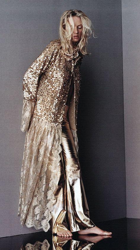 Stealing Beauty, Elle April 2001 Uma Thurman by Gilles Bensimon Ungaro Spring 2001 Couture