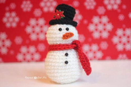 Amigurumi Crochet Snowman | AllFreeCrochet.com