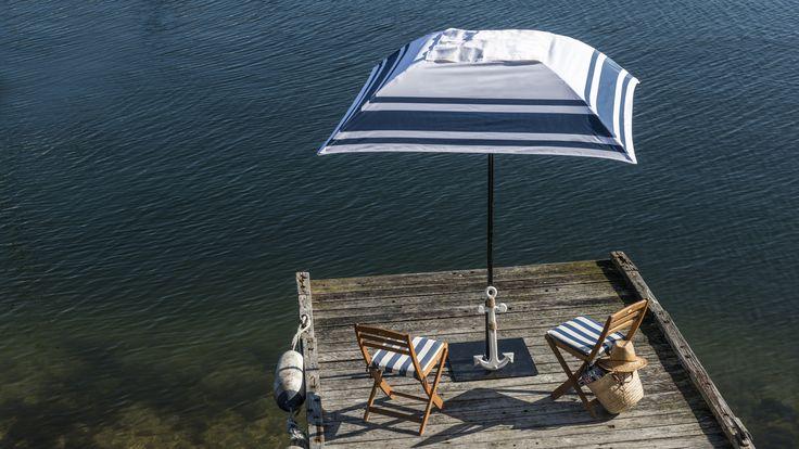 Hampton's striped outdoor umbrella from Duchess & Deco; the most stylish and comfortable design-you-own alfresco furniture.  #bespokegardenumbrella #hamptonsoutdoorumbrella  #duchess&deco