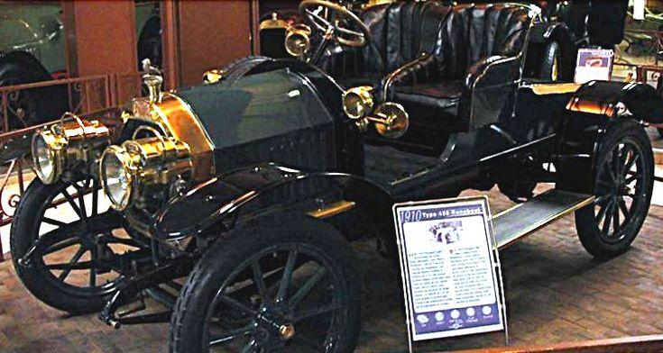 Peugeot Type 125, voiture routière de 1910  La Peugeot Type 125, cette ancienne voiture sportive fut construite en 1910, la Peugeot Type 125 de 1910 mesure 1.6 mètres de large, 3.65 mètres de long, et a un empattement de 2.47 mètres.