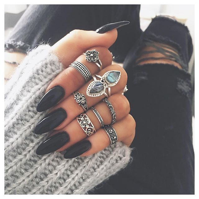 Dark Paradise ring (middle finger) restocked ✨ www.BOHOMOON.com ✔️ grab 20% off today using code MUM in prep for Mother's Day ❤️