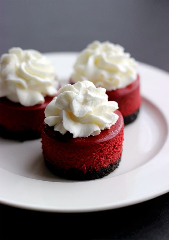 Mini Red Velvet Cheesecakes - fancy-edibles.com