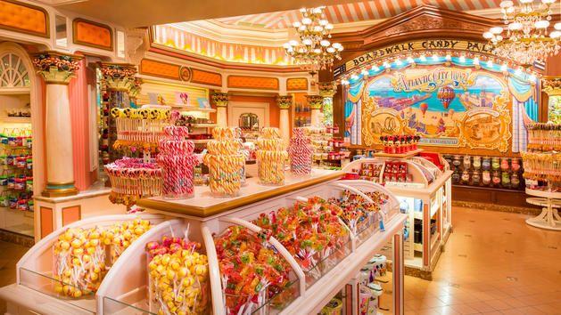 Boardwalk Candy Palace | Boutique Disneyland Paris | Disneyland Paris