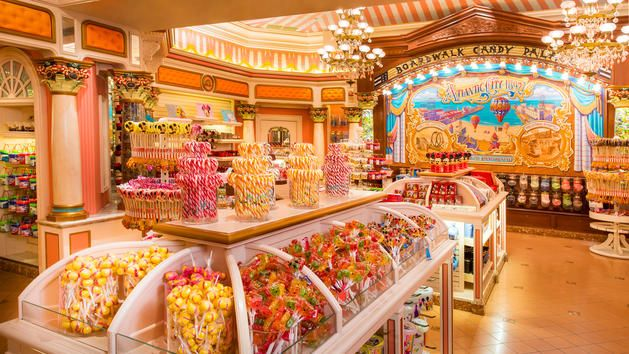 Boardwalk Candy Palace | Boutique Disneyland Paris | Disneyland Paris