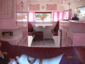 Pink Australian: Vintage Trailers, Vintage Campers Trail, Caravana Vintage, Vintage Caravan Interiors, Campers Travel Trailers, Vintage Caravans, Vintage Camperstrail, Beautiful Caravan, Campers Caravan