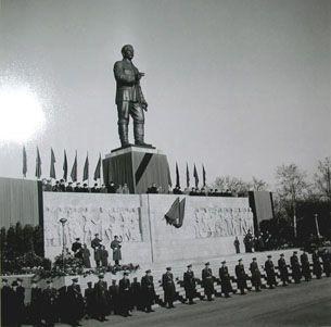 Stalin's statue