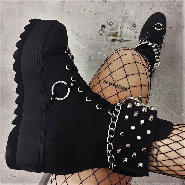 Current Mood - Reflex Sneakers