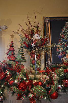 Holiday mantel decor