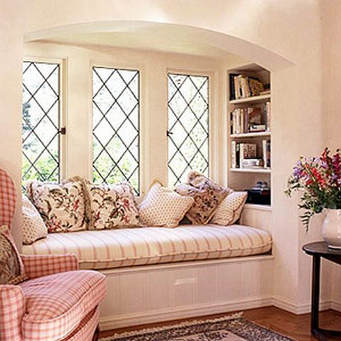 With book shelves at end: Seat Idea, Bay Window, House Ideas, Dream House, Living Room, Window Seating, Windowseats, Reading Nooks, Window Seats