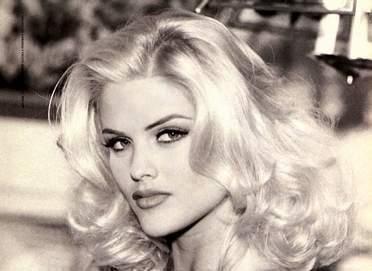 Anna Nicole Smith: Hair Th Closer, Anna Nicole Smith, Beautiful Women, Curvy Women, Celebrities, Beautiful Girls